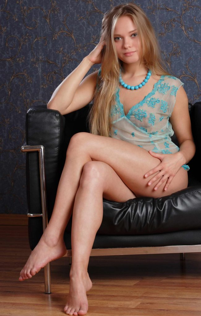 Young Escort With Amazing LEgs